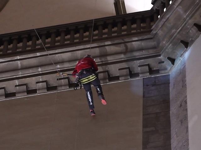 edilizia acrobatica ok 640x 480